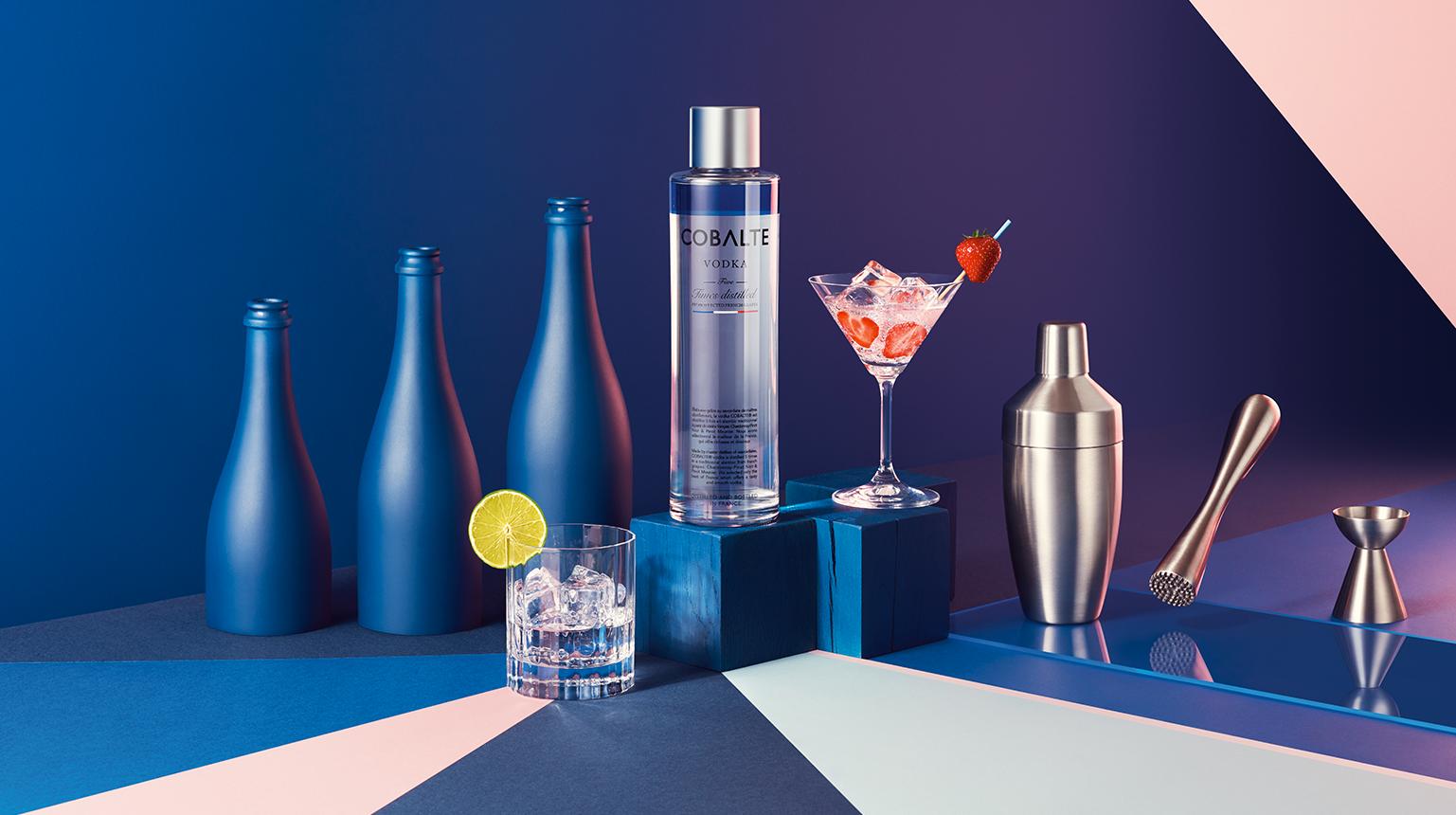 cobalte vodka la marque de vodka fran aise haut de gamme. Black Bedroom Furniture Sets. Home Design Ideas